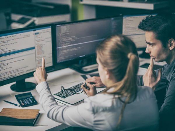 nghề hot không cần bằng cấp - nghề lập trình viên