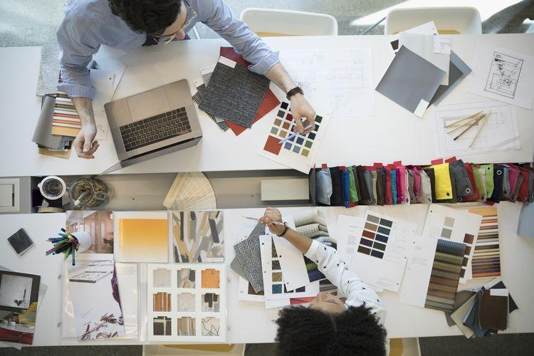 nhà thiết kế nội thất họ là ai và làm gì?